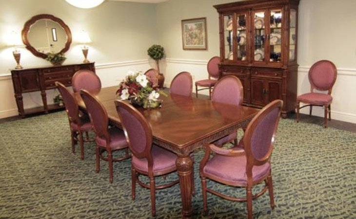 Magnolia Gardens Assisted Living Assisted Living - $2880/Mo