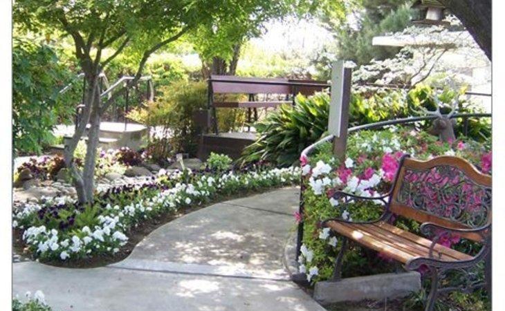 photo of Oakwood Gardens Care Center