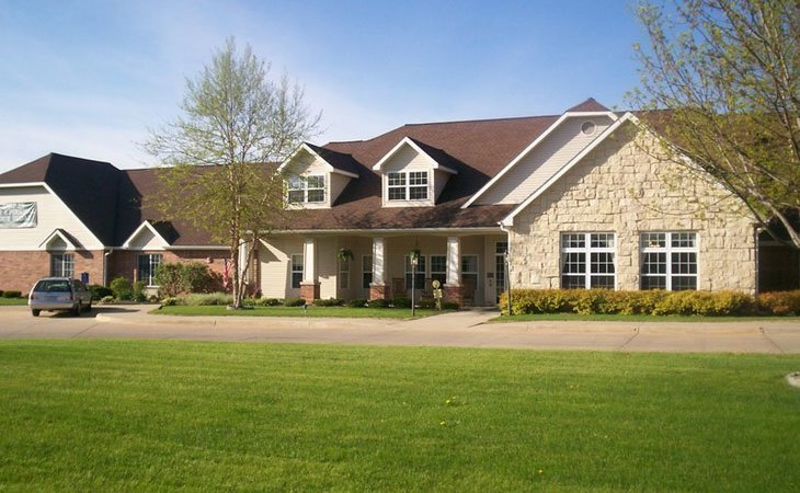 Outstanding Bickford Of Cedar Falls 3042 Mo Starting Cost Download Free Architecture Designs Rallybritishbridgeorg
