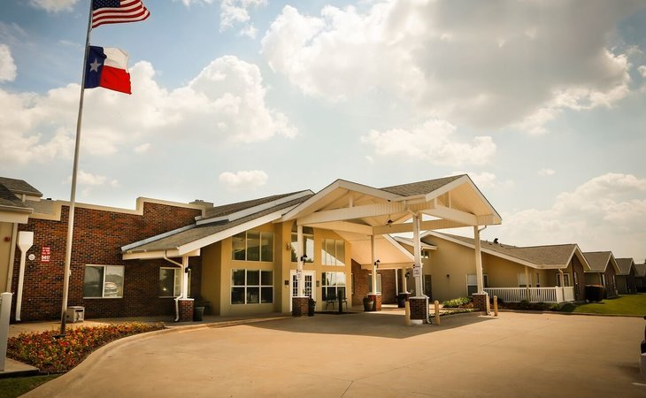 Bethesda gardens assisted living and memory care fort worth 2675 mo starting cost for Bethesda gardens assisted living
