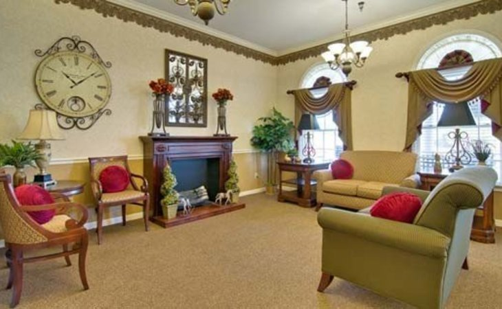 Ravenwood Assisted Living 1950 E. Republic Road, Springfield, MO 65804