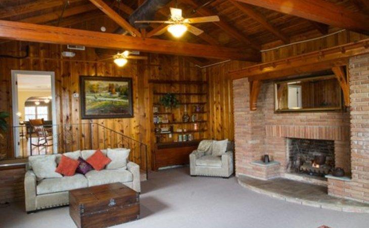 photo of The Oaks at Fairmount