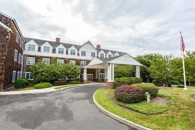 in ct Benchmark milford assisted living