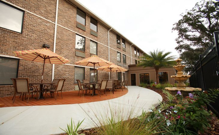 Grace Manor Suites 3195mo Starting Cost Lakeland
