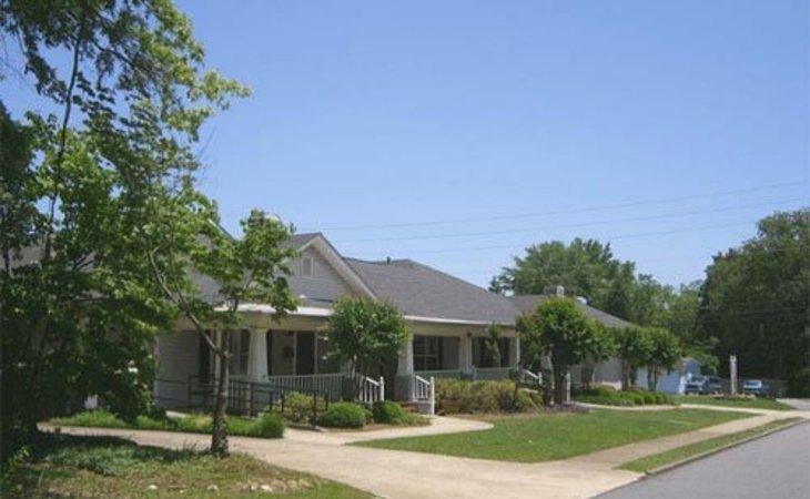 photo of Azalea Manor