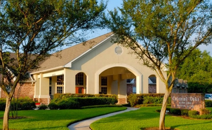 photo of Colonial Oaks Senior Living at First Colony