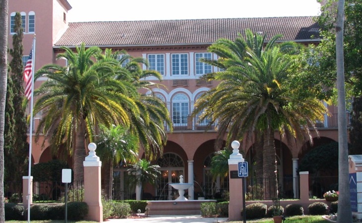 photo of Venice Center for Independent & Assisted Living