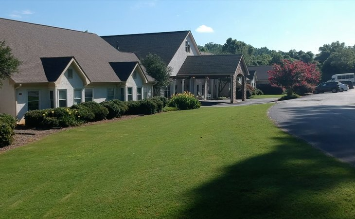 photo of GoldenCrest Assisted Living at Morrow