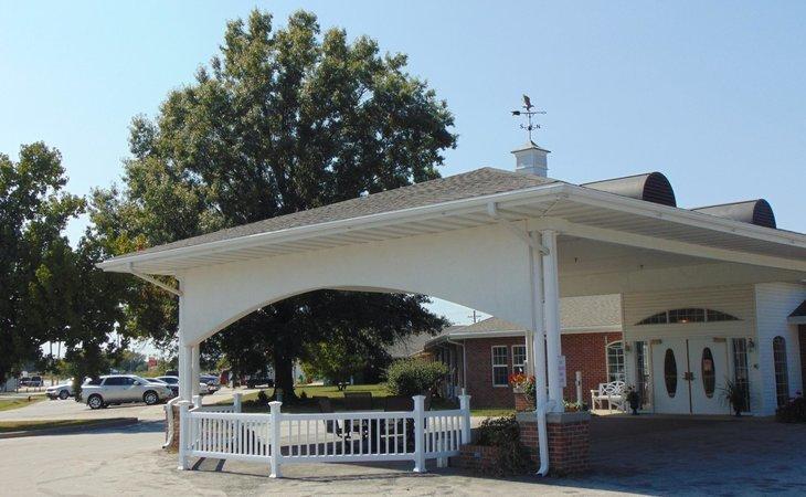 photo of Lincoln Community Nursing Home