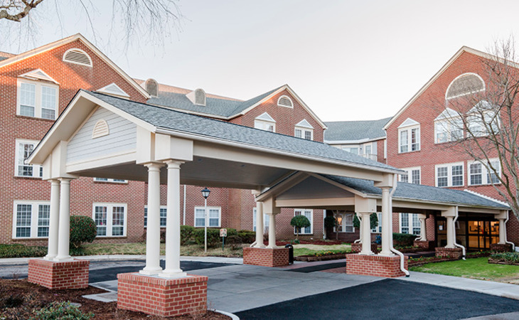 First Colonial Inn 3300 Mo Starting Cost Caring Com
