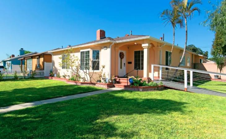 photo of Golden Groves Residential Care