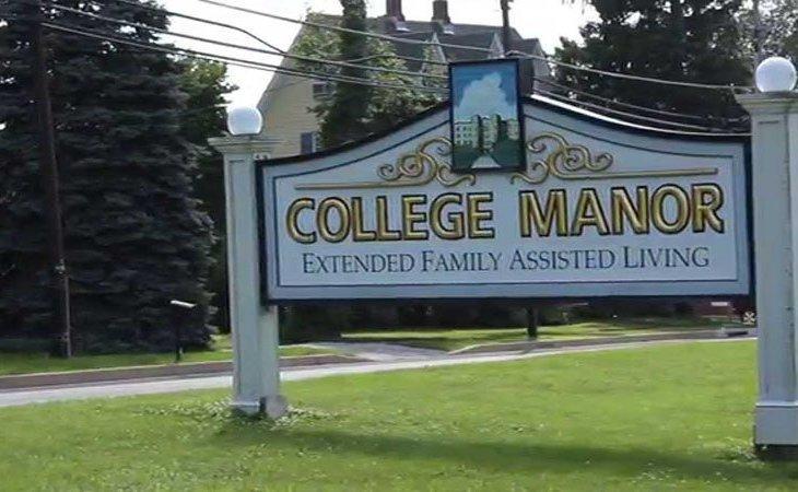 photo of College Manor
